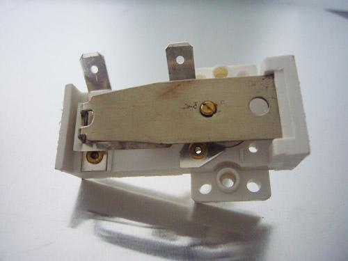 可调式双金属片温控器